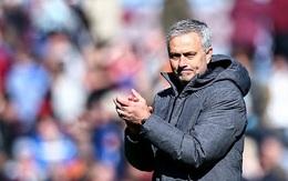 """Cầu thủ Man Utd bất bình với """"Người phán xử"""" Mourinho"""