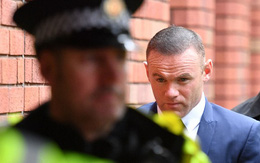 Coleen mất tăm trong ngày Rooney hầu tòa