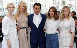 """Đạo diễn của """"Những Kẻ Khát Tình"""" đã làm nên lịch sử ở Cannes 70"""