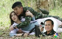 """Mê """"Hậu Duệ Mặt Trời"""" nhưng Thủ tướng Thái Lan vẫn chưa xem """"bản nhái"""" của nước mình"""