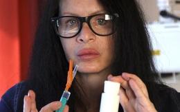 Mong muốn trẻ mãi với thời gian, nữ diễn viên tiêm vi khuẩn 3,5 triệu năm được tìm thấy trong băng vĩnh cửu vào cơ thể mình