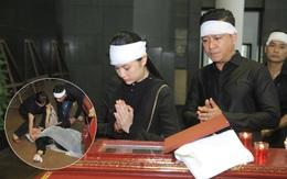 Mẹ Tuấn Hưng khóc ngất trong tang lễ bố