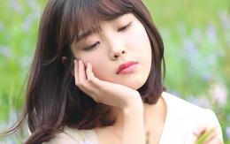 Hit cũ mới của IU đồng loạt xếp lớp trên BXH Kpop