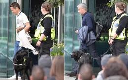 Lo khủng bố, chó nghiệp vụ kiểm tra khách sạn nơi Man Utd đóng quân