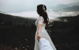 Hãy coi nhau như là xa lạ để tiếp tục được yêu thêm nhiều lần nữa
