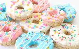 Tin được không, có một cách làm bánh donut không cần bột cũng chả cần lò!