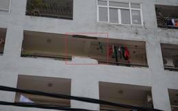 Hà Nội: Người dân hoảng hồn khi mảng tường nhà ở tầng 7 chung cư Học viện Hậu cần rơi giữa trưa