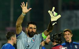 """""""Người nhện"""" Buffon giữ sạch lưới trong trận đấu thứ 1000"""
