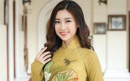 Hoa hậu Đỗ Mỹ Linh diện áo dài khoe nhan sắc trong họp báo