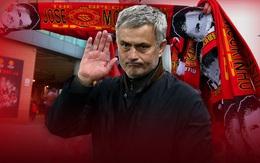 Man Utd đổi tự tôn lấy thành tích có đáng hay không?