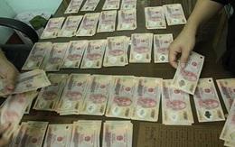 Đôi nam nữ mang gần 20 triệu tiền giả đến gửi ở ngân hàng Sacombank