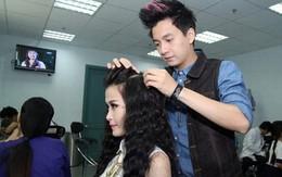Sinh viên làng ĐH Thủ Đức háo hức trước cơ hội được Ngô Kiến Huy trực tiếp tư vấn về phong cách tóc