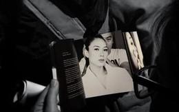 Cầm album Mỹ Tâm vol 9 trên tay: Niềm tự hào với cả gia tài album truyền thống cất trên giá sách