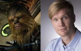 """Ngã ngửa với soái ca sau lốt Chewbacca lông lá trong """"Star Wars: The Last Jedi"""""""