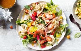 """Salad hải sản kiểu Tây Ban Nha - nhìn thì cầu kỳ nhưng làm """"nhanh như một cơn gió"""""""