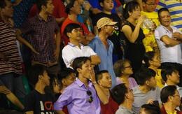 Fan Việt Nam trách Long An nghiệp dư, thủng đáy niềm tin với V.League