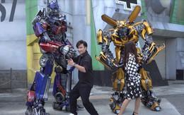"""Chí Thiện """"mời"""" hai robot đình đám trong bom tấn """"Tranformer"""" xuất hiện trong MV mới"""
