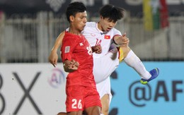 Vì sao cầu thủ Việt Nam sút trượt liên tiếp trong trận gặp Myanmar?