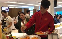 Bữa sáng giản dị của tuyển Việt Nam trước trận chung kết lịch sử