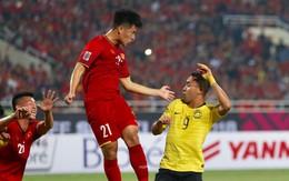 Đình Trọng gặp chấn thương lạ ở bàn chân sau khi vô địch AFF Cup 2018