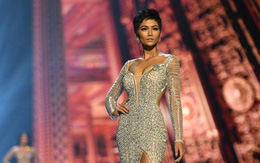 """Dân mạng quốc tế gửi lời chúc mừng H'Hen Niê nhưng vẫn không quên """"đá xoáy"""" Hoa hậu Mỹ"""
