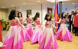 DHS Việt tại Hà Lan: Hi vọng năm sau có thể về Việt Nam đón Tết cùng gia đình