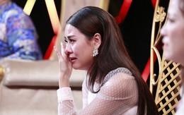 """""""Cười xuyên Việt"""" mùng 1 Tết ngập tiếng cười nhưng cũng đầy nước mắt"""
