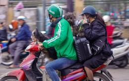Chùm ảnh: Người dân lỉnh kỉnh đồ đạc tranh thủ quay lại Thủ đô sớm để nghỉ ngơi trước khi quay lại với guồng quay công việc