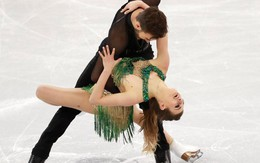 Nữ VĐV đỏ mặt vì sự cố lộ ngực ở Olympic mùa đông