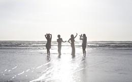"""Sàn đấu Kpop """"nóng giãy"""" với màn tái xuất của 4 cô gái này"""
