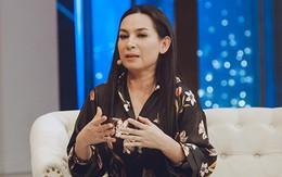 """Phi Nhung nói về việc nhận nuôi 23 người con: """"Các bà mẹ đừng đẻ ra rồi bỏ con trước chùa, bàn tay Nhung nhỏ lắm!"""""""