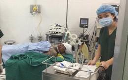 Ba thanh niên nhập viện sau vụ hỗn chiến giữa 2 nhóm giang hồ ở Sài Gòn