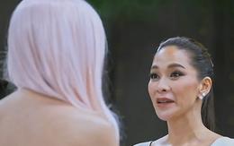 """Lại ôm nhau cười khi loại thí sinh, khán giả đang xem """"The Face Thái"""" hay """"Hoa hậu thân thiện"""" thế này?"""