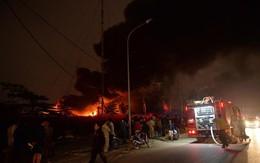 Hà Nội: Cháy rất lớn ở Triều Khúc, cột khói đen bốc nghi ngút hàng trăm mét