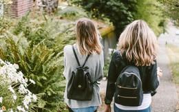 Sẽ như thế nào nếu bố mẹ và đứa bạn thân của bạn về cùng một phe?