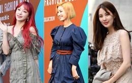 """SFW: Seohyun bỗng già và xuống sắc, """"mẹ Kim Tan"""" 51 tuổi gây sửng sốt với tóc vàng hoe, cá tính không kém idol trẻ"""