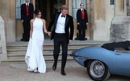 Chiếc váy cưới thứ hai của tân Công nương đẹp nức nở nhưng tâm điểm lại là việc cô đeo nhẫn của Công nương Diana