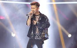 """Giọng hát Việt: """"Hoàng tử The Voice Kids"""" Đỗ Hoàng Dương lột xác, về team """"trai xinh gái đẹp"""" của Noo Phước Thịnh"""