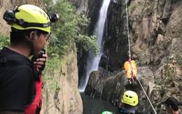 Đoàn cứu hộ kể lại hành trình khốc liệt suốt 3 ngày tìm cách đưa thi thể nam phượt thủ ra khỏi thác Lao Phào để về với gia đình
