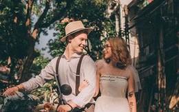 """Cái vỗ vai """"nên duyên"""" với cô gái Việt tại Hồ Gươm và lần say rượu ngồi ôm mèo khóc ở nhà bố mẹ vợ tương lai của anh chàng Đức"""