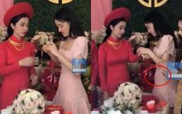 Clip: Nhã Phương lộ vòng hai lớn bất thường khi diện đầm ôm sát trong đám cưới em gái