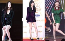 Vì sở thích cắt váy của stylist mà các thành viên Red Velvet không ít lần phải lo nơm nớp