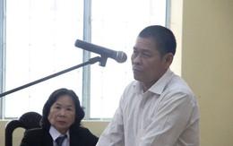 Xét xử Hữu Bê, ông lão hàng xóm nghi xâm hại bé gái 13 tuổi khiến em uất ức tìm đến cái chết