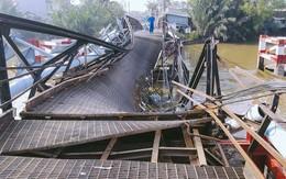 Cận cảnh hiện trường kinh hoàng sập cầu Long Kiển ở Sài Gòn, chưa thể vớt ô tô tải rơi xuống sông