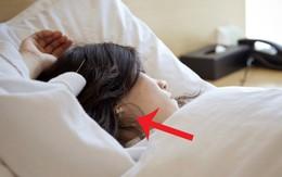 5 thứ mà con gái nên cởi bỏ trước khi đi ngủ để có giấc ngủ ngon hơn