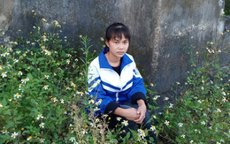 Nữ sinh mồ côi từ 7 tuổi, vừa học vừa kiếm tiền nuôi anh trai cùng mẹ khác cha khù khờ, mắc trọng bệnh