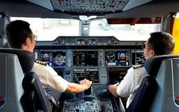 Cơ trưởng Vietnam Airlines bị bắt giữ vì buôn lậu 120 chai nước hoa Channel cùng 3 ĐTDĐ... từ Pháp về Việt Nam