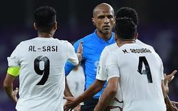 Cho Việt Nam hưởng quả phạt đền, trọng tài người Oman bị cầu thủ Yemen quây và phản ứng gay gắt