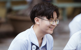 Cô nàng siêu đẹp trai tại lễ bế giảng trường Trần Đại Nghĩa (TPHCM) khiến đám con gái phát cuồng