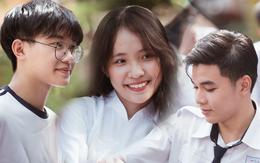 Bế giảng trường THPT hơn 100 tuổi, lâu đời bậc nhất Việt Nam: Cả một trời trai xinh gái đẹp
